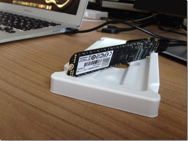 Anschluss der neuen SSD über USB