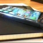 iPhone Display hebt oder löst sich