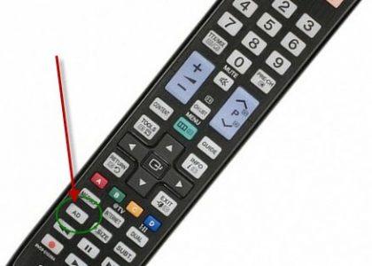 Samsung Fernbedienung mit AD-Taste zum Aktivieren und Deaktivieren der Audiodeskription