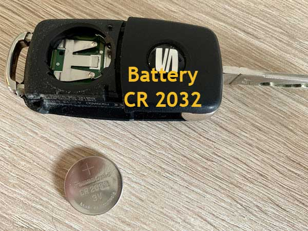 photo radio remote control car key seat with removed battery